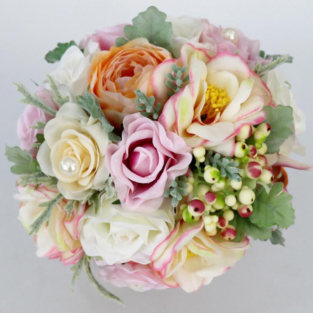 vibrierende hochzeits braut die blumenstrauß rosen mit