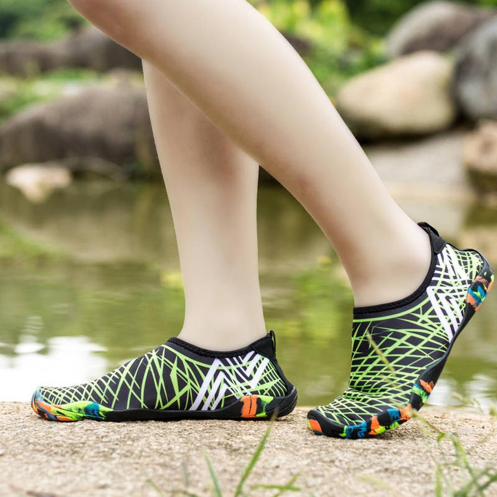 femmes-hommes-glisser-sur-des-chaussures-de-l-039-eau-aqua-chaussette-chaussures miniature 4