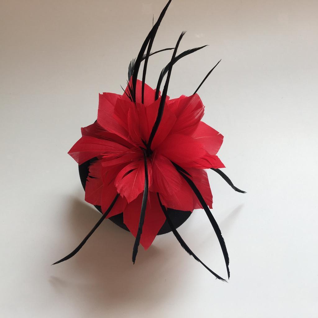 Bobury Femmes Fleur Plume Net Chapeau Mini Pince /à Cheveux pour Banquet de f/ête de Mariage