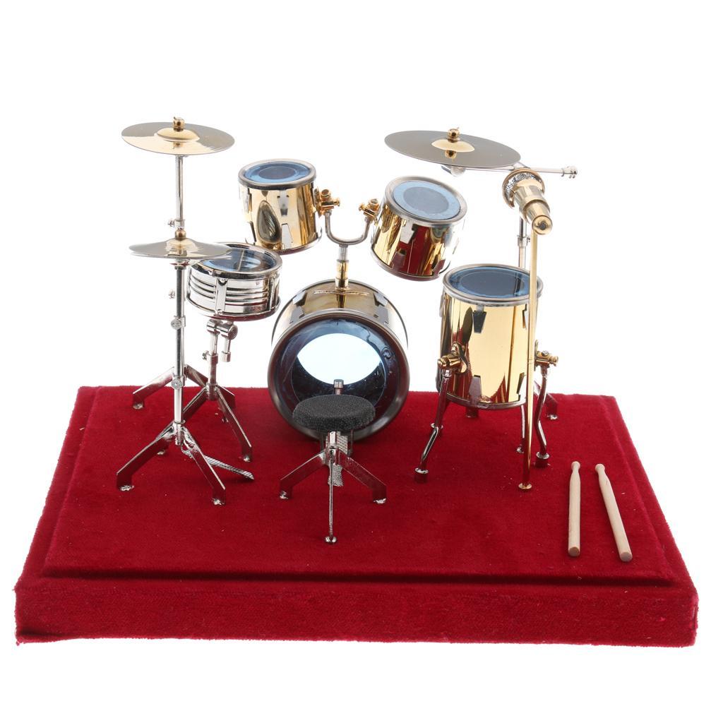 Miniatur 24  15  16cm Kupfer Drum Kit Modell für Puppe Action Figuren