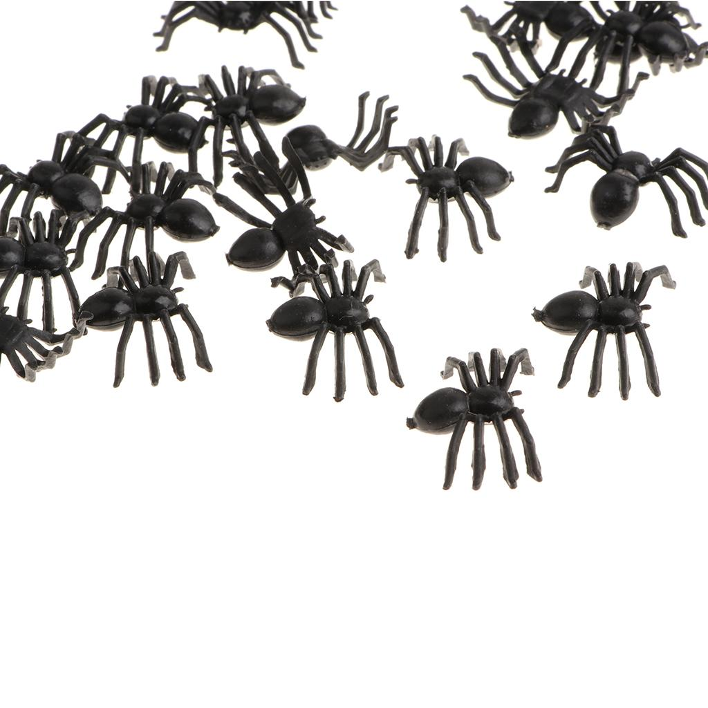 Flies Spiders 100pcs Plastic Vivid Insects Bug Model Figure Toys Cockroach